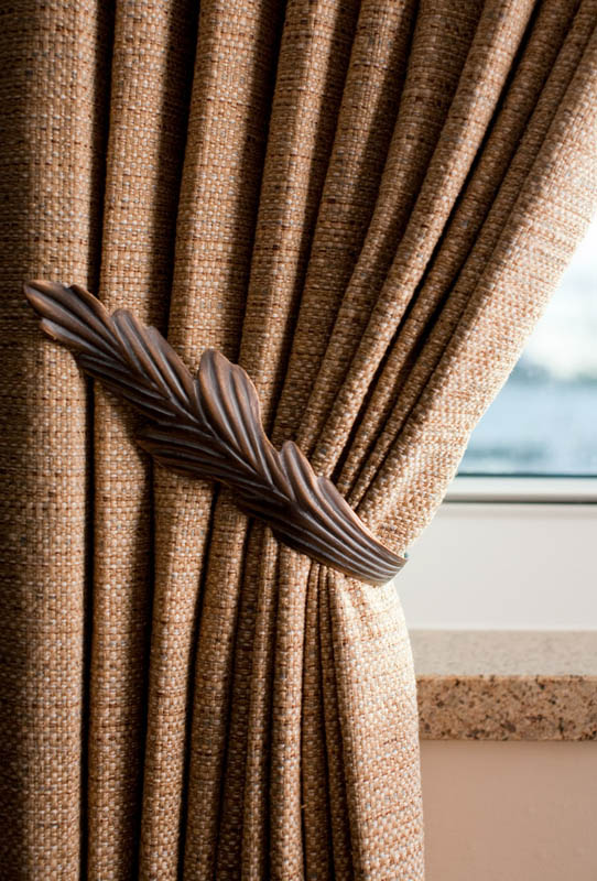 Window Treatments Installer
